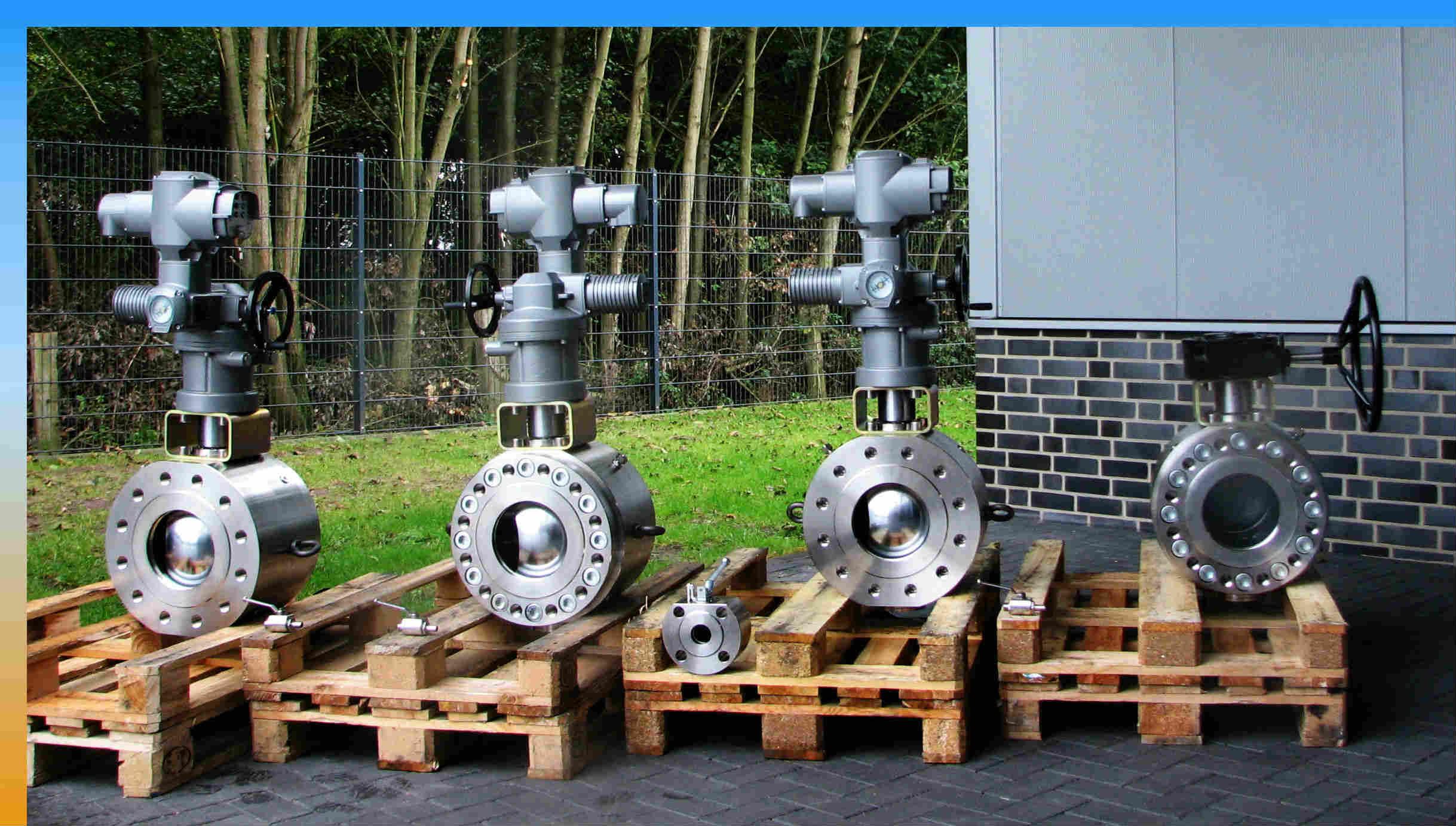 Kompaktflansch-DN-200-PN-100-AUMA-Schneckengetriebe-Bearbeitet-4